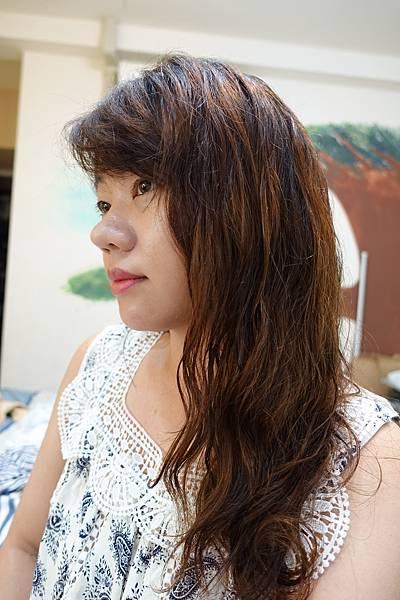 Melasse釋放系列洗髮精10.JPG