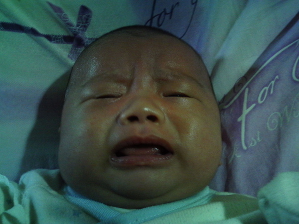 哭連拍3.JPG