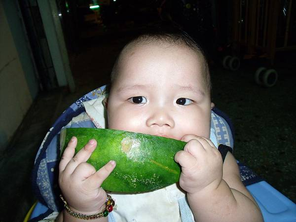 吃西瓜摟..1.JPG