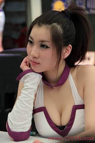 1596419_987782