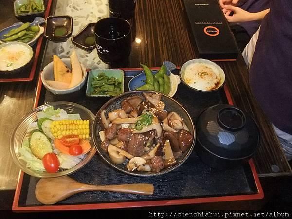 100-07-09  日式料理_漁陶屋011.jpg