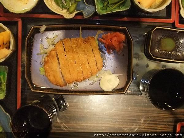 100-07-09  日式料理_漁陶屋016.jpg
