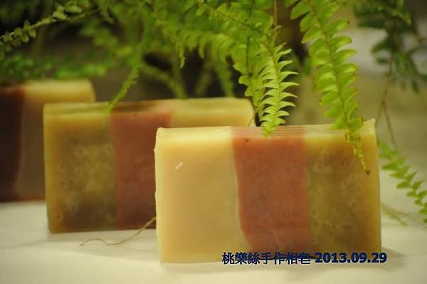 何首烏茶樹洗髮皂 2013.09.29