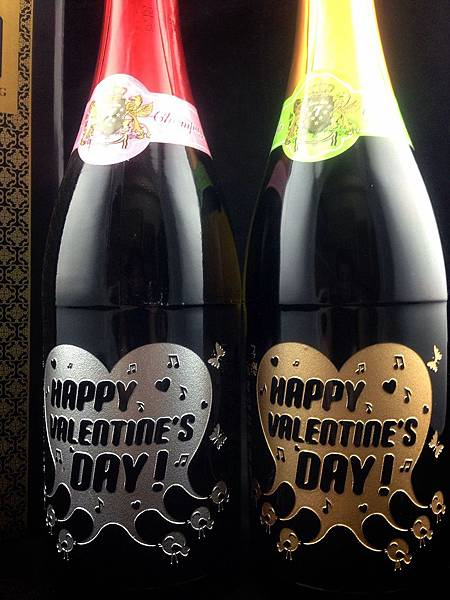 成芳酒瓶雕刻工坊 祝福 Joseph Happy Valentines!