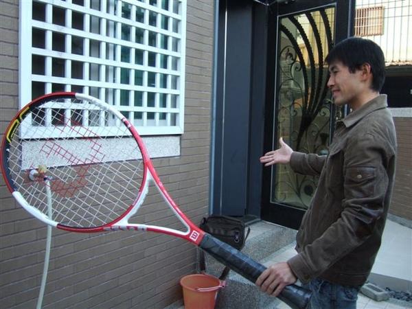 20081122換網球拍線 005.jpg