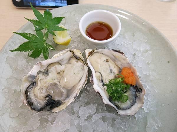 廣島,牳蠣的各種可能:煎烤煮炸蒸煙燻醬醋生吃......