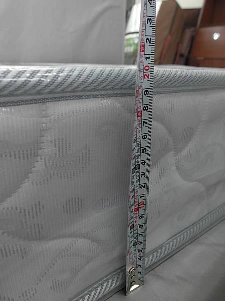 舒服特日式護背硬床-5.JPG