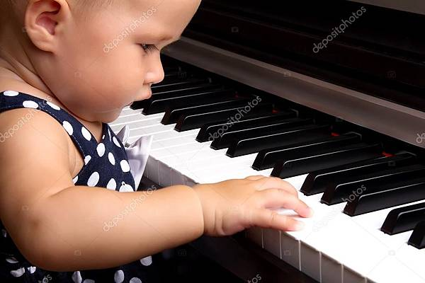 depositphotos_35418127-stock-photo-baby-girl-playing-the-piano.jpg