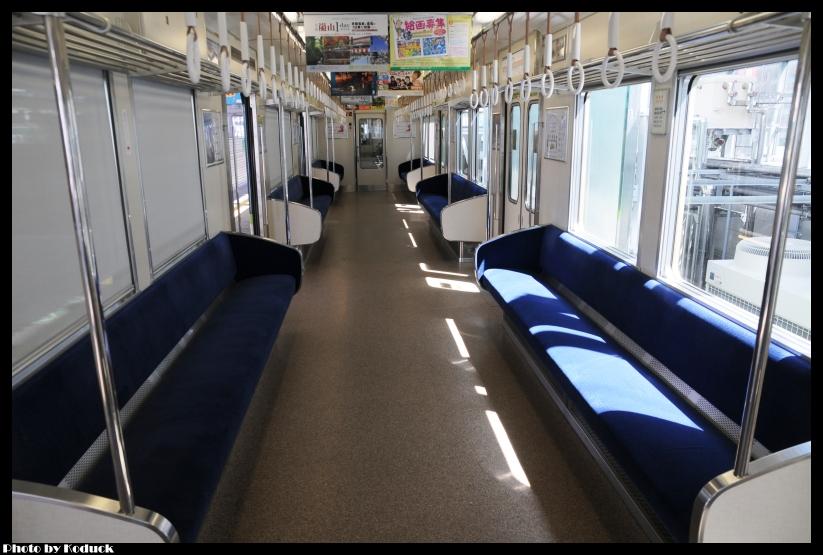 京阪電車平野線10000系電車_1(2)_20110912.jpg