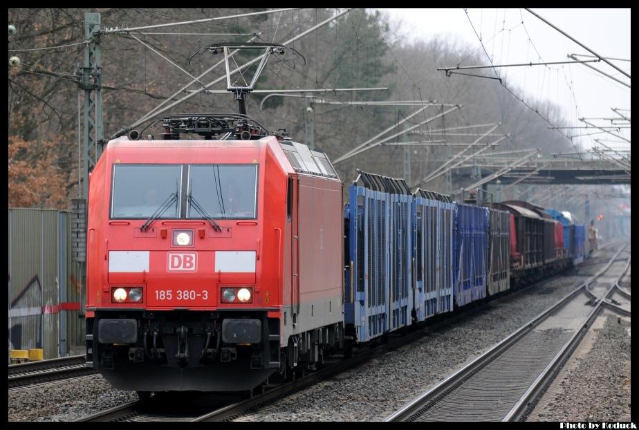DB_28(2)_20120224.jpg