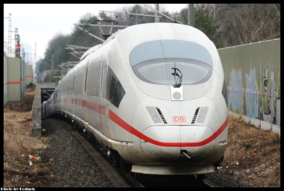 DB_38(2)_20120224.jpg
