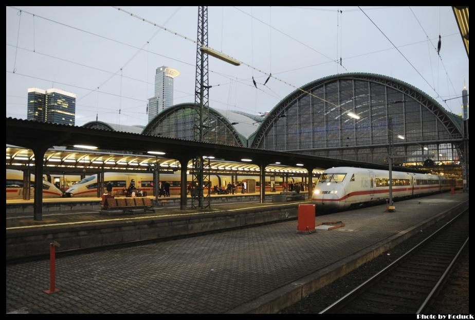 DB_47(2)_20120224.jpg