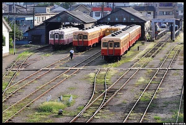 小湊鐵道五井站_1_20130907.jpg