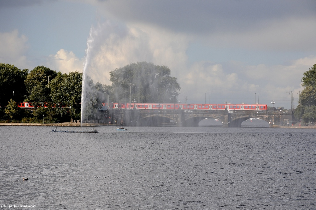 Hamburg Train_13_20140824.jpg