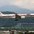Honeywell International B757-225(N757HW)@RCSS_1_20170713.jpg