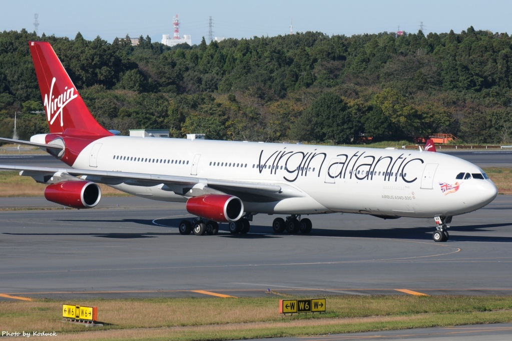 Virgin Atlantic Airways A340-313(G-VFAR)@NRT_1_20121102.jpg