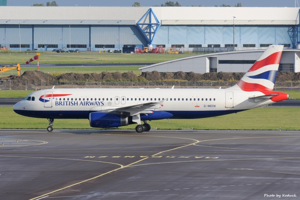 British Airways A320-232(G-MEDK)@AMS_1_20140819.jpg
