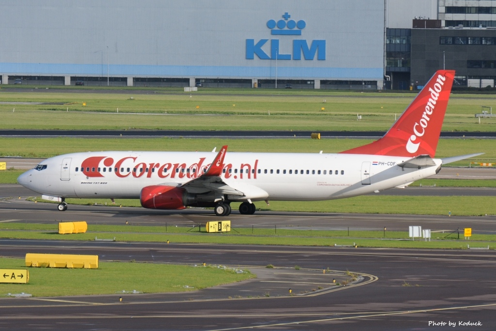 Corendon Dutch Airlines B737-804(WL)(PH-CDF)@AMS_1_20140819.jpg