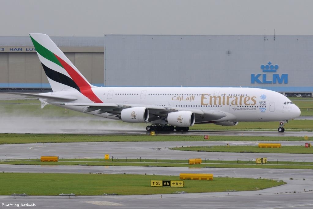 Emirates Airbus A380-861(A6-EEX)@AMS_1_20140818.jpg