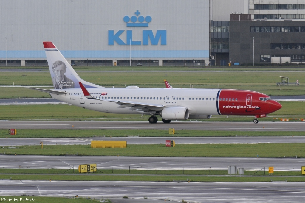Norwegian Air Shuttle B737-8JP(WL)(LN-NGJ)@AMS_1_20140819.jpg