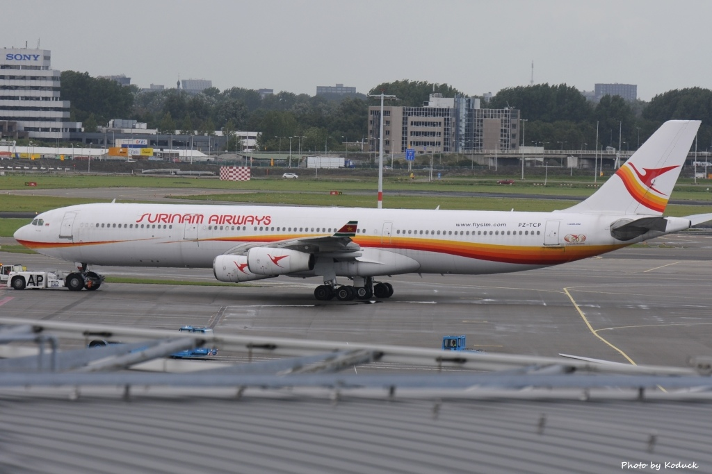 Surinam Airways A340-311(PZ-TCP)@AMS_1_20140818.jpg
