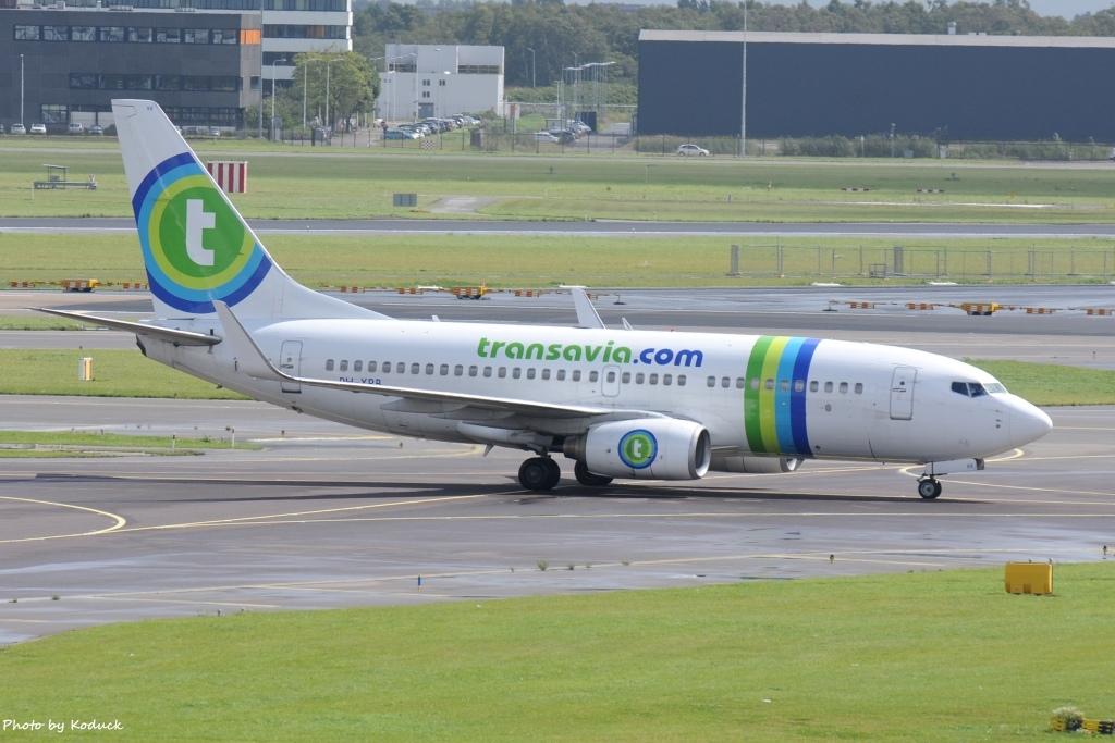 Transavia B737-7K2(WL)(PH-XRB)@AMS_1_20140818.jpg