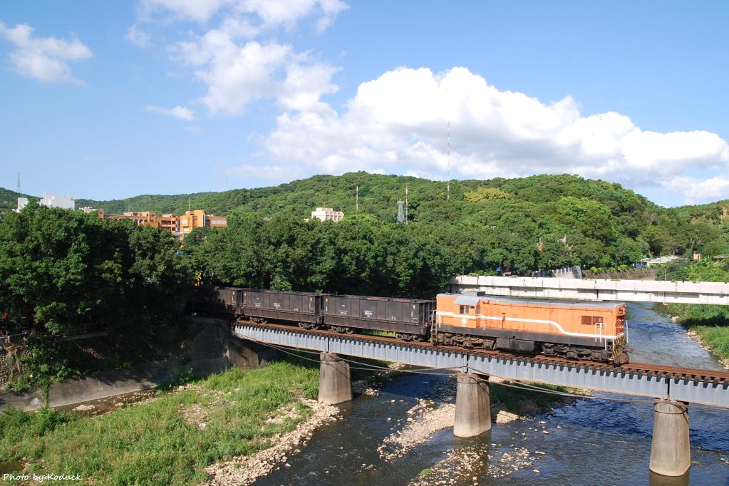 林口線貨列(002K_1909次煤列)_3_20070927.JPG