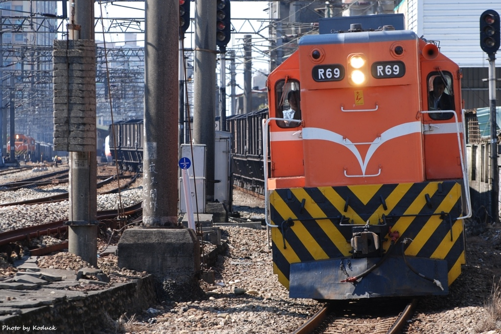 林口線貨列(000K+600_1902次煤列)_2(1)_20071112.JPG