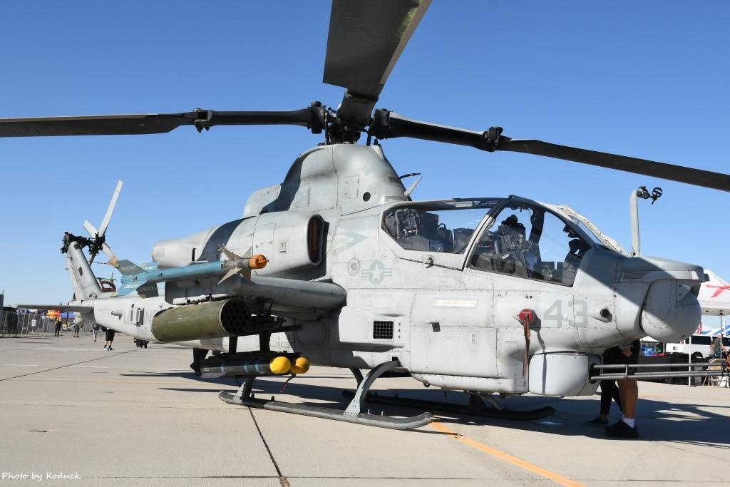US Marine VMX-1 AH-1Z (166761)@Yuma_2_20180317.jpg