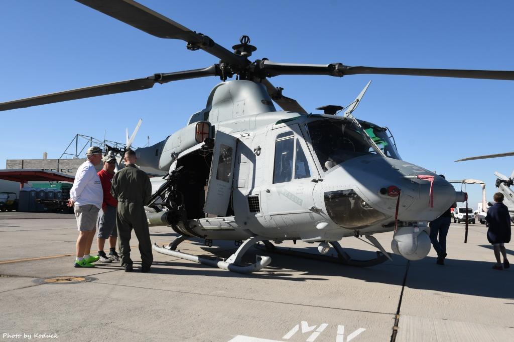 US Marine VMX-1 UH-1Y (169246)@Yuma_1_20180317.jpg