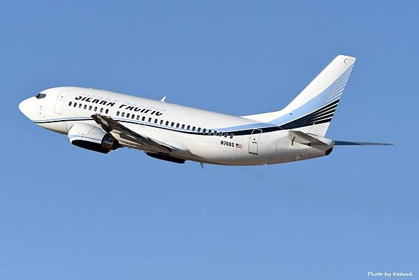 Sierra Pacific Airlines B737-528(N708S)@TUS_1_20180320.jpg