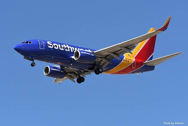 Southwest Airlines B737-7H4(WL)(N438WN)@TUS_1_20180320.jpg