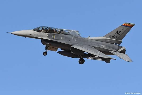 US Air Nation Guard 152FS F-16D(89-2163)@TUS_2_20180320.jpg