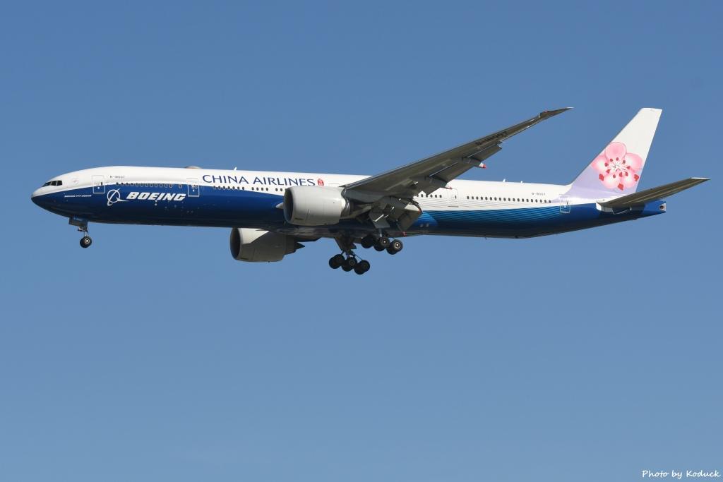 China Airlines B777-309(ER)(B-18007)@RCTP_1_20190806.JPG