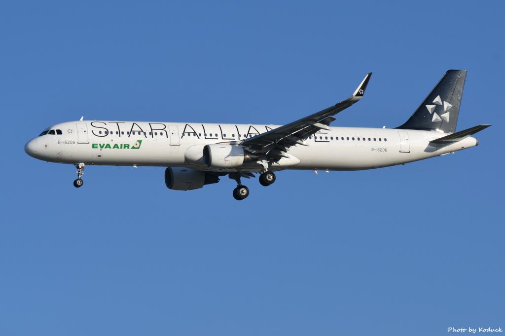 EVA Airways A321-211(B-16206)@RCTP_1_20190806.JPG