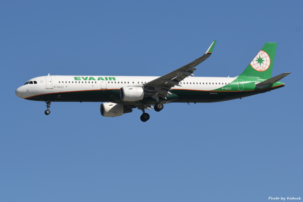 EVA Airways A321-211(WL)(B-16227)@RCTP)_1_20190806.JPG