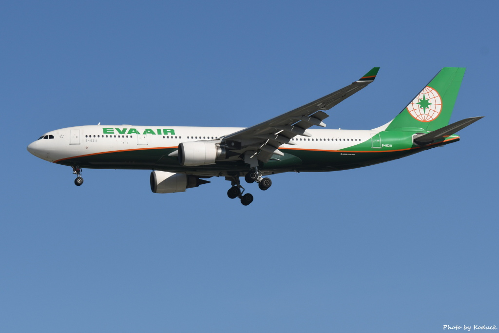 EVA Airways A330-203(B-16311)@RCTP_1_20190806.JPG