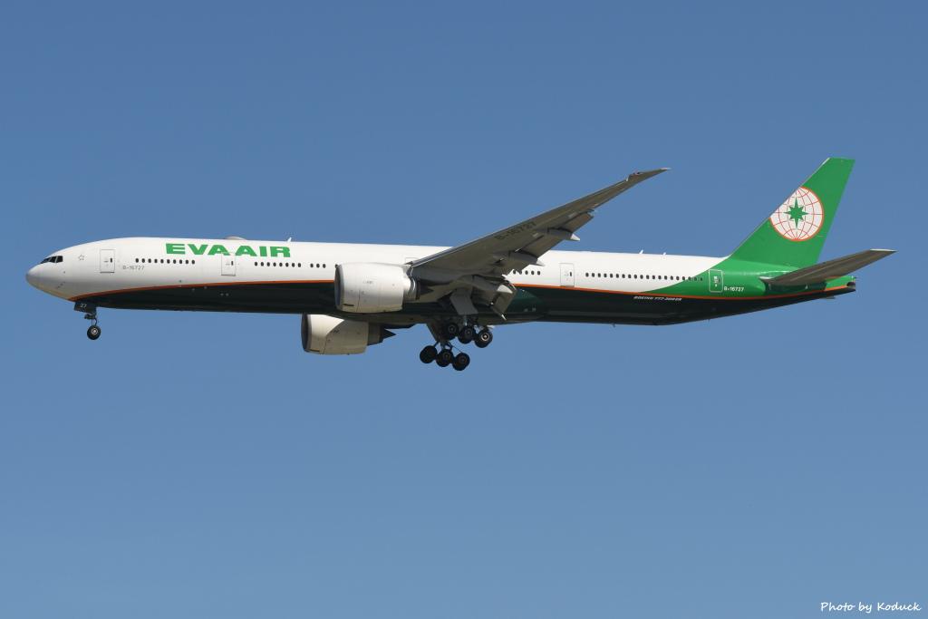 EVA Airways B777-35E(ER)(B-16727)@RCTP_1_20190806.JPG