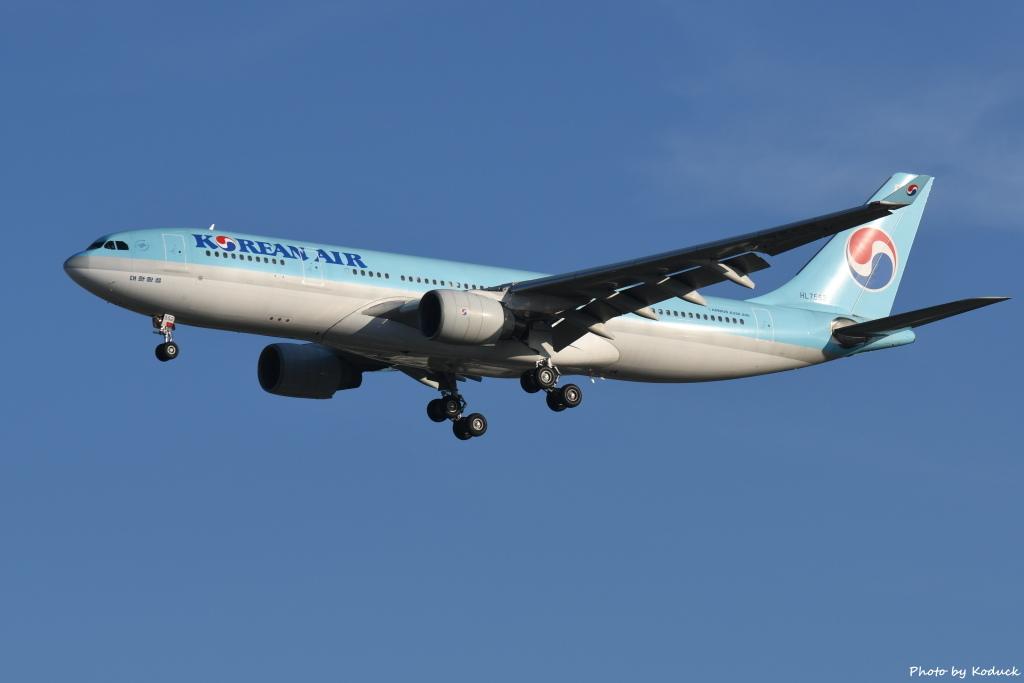 Korean Air Lines A330-223(HL7552)@RCTP_1_20190806.JPG