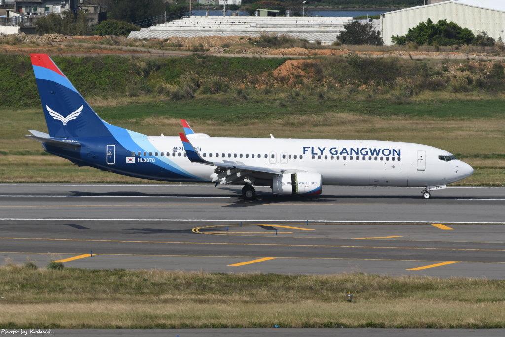 Fly Gangwon Boeing 737-8JP(HL8376)@RCTP_1_20200102.JPG