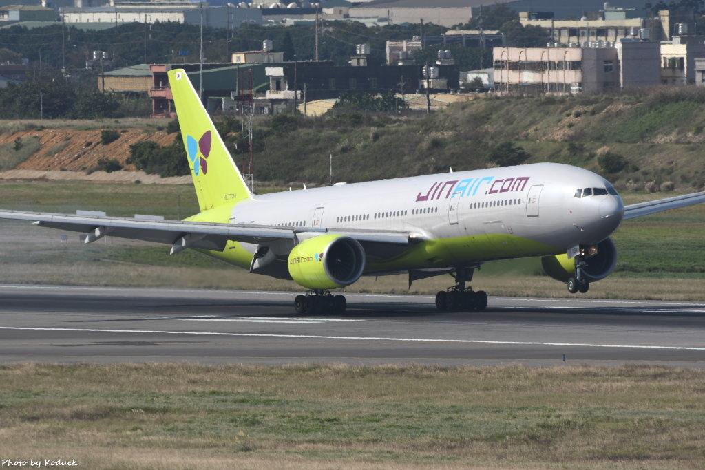Jin Air Boeing 777-2B5(ER)(HL7734)@RCTP_1_20200102.JPG