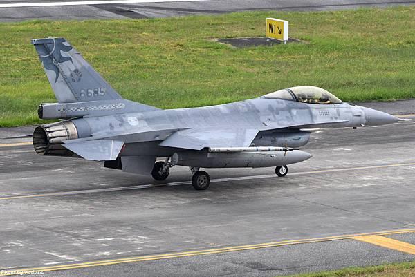 ROCAF F-16A(6685)@RCYU_1_20180604.JPG
