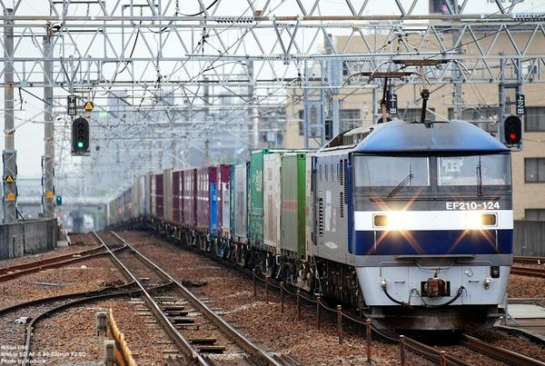 EF210-124牽引貨列上行@尾張一宮站_1(2)_20080925.jpg