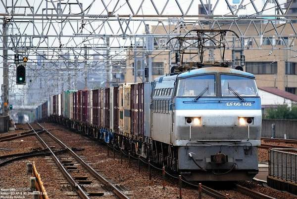 EF66-108牽引貨列上行@尾張一宮站_1(2)_20080925.jpg