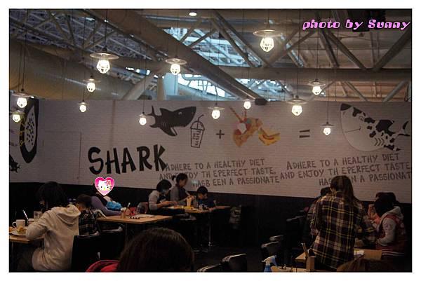 鯊魚咬土司3.jpg