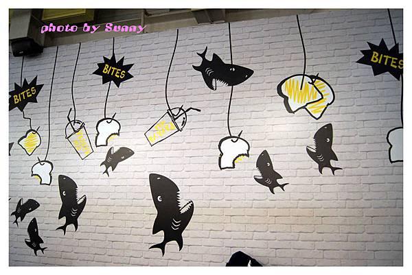 鯊魚咬土司14.jpg