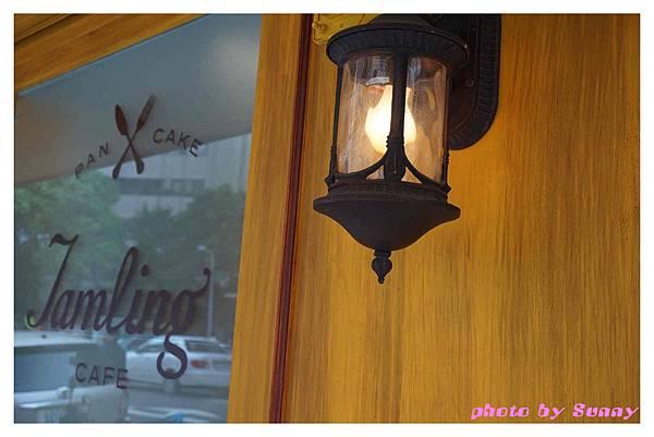 Jamling Cafe19.jpg