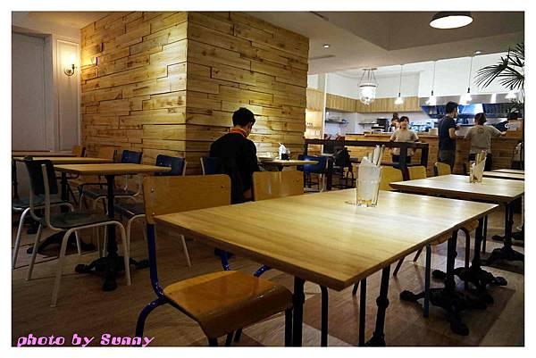 Jamling Cafe5.jpg