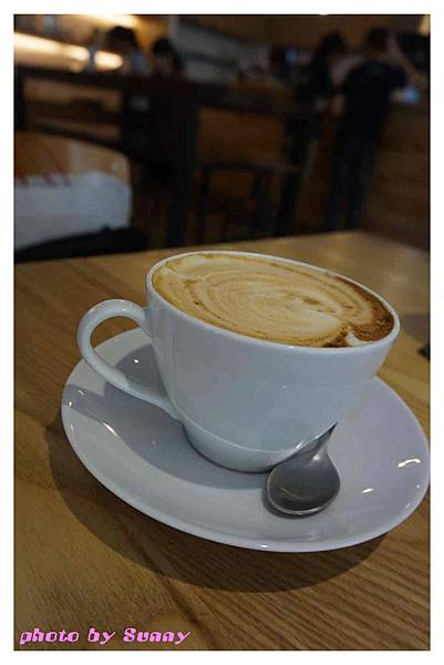 Jamling Cafe15.jpg