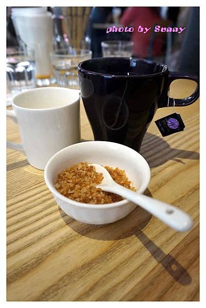 Jamling Cafe16.jpg